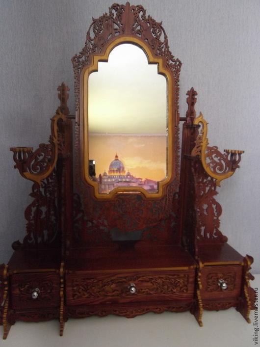 Зеркало с ящичками в наличии в коричневом цвете