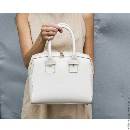 Женские сумки ручной работы. Ярмарка Мастеров - ручная работа. Купить Сумка из натуральной кожи с кожаным подкладом. Handmade. Бежевый