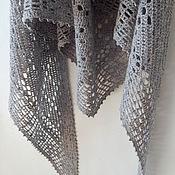 """Аксессуары ручной работы. Ярмарка Мастеров - ручная работа Вязаная шаль """"Карусель"""", итальянская светло-серая шерсть. Handmade."""