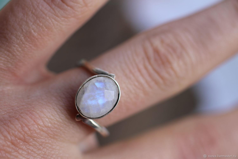 17.6 лунный камень 11мм Кольцо серебряное, Кольца, Вырица,  Фото №1