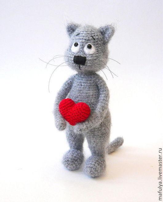 Подарки для влюбленных ручной работы. Ярмарка Мастеров - ручная работа. Купить Валентин - влюбленный кот. Handmade. Серый, подарок, пушистик