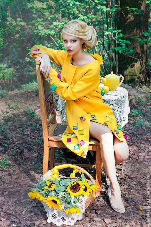 Верхняя одежда ручной работы. Ярмарка Мастеров - ручная работа. Купить Плащ желтый с подушечками. Handmade. Желтый, осенний плащ