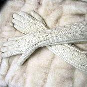 Аксессуары ручной работы. Ярмарка Мастеров - ручная работа Перчатки вязаные спицами, выше локтя. Handmade.