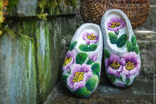 Обувь ручной работы. Ярмарка Мастеров - ручная работа. Купить Тапочки «Нежность». Handmade. Серый, тапочки из шерсти