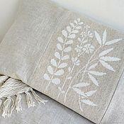 Подушки ручной работы. Ярмарка Мастеров - ручная работа Декоративная наволочка для подушки Полевые цветы, вышивка льном. Handmade.