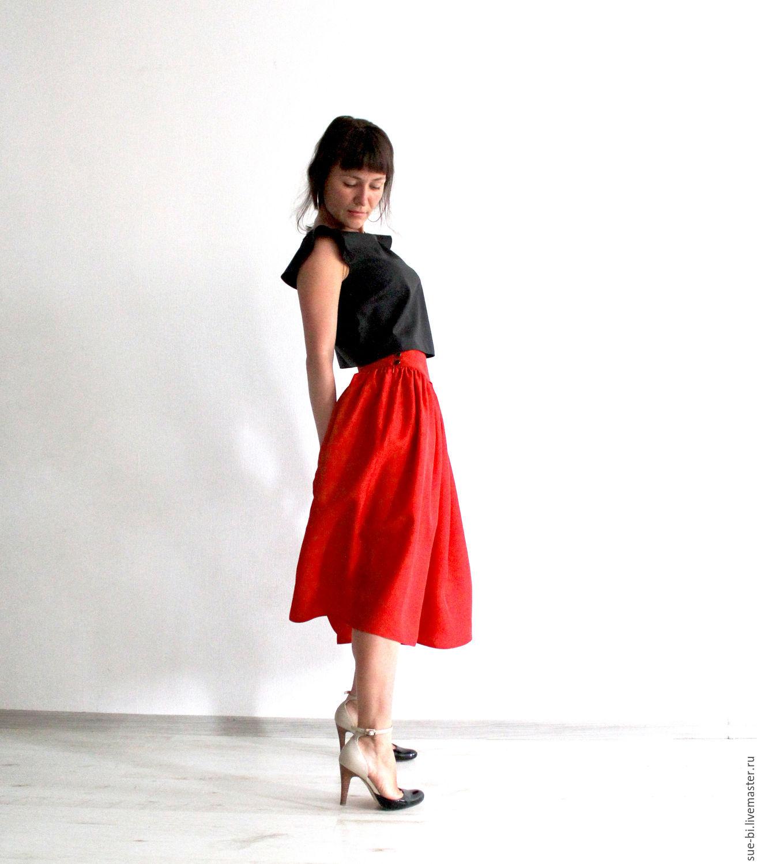 Красная юбка Москва