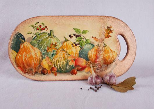 """Кухня ручной работы. Ярмарка Мастеров - ручная работа. Купить Разделочная доска """"Осень снова с нами"""". Handmade. Оранжевый, рустик"""