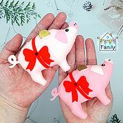 Сувениры и подарки handmade. Livemaster - original item Piggy Bank made of felt-symbol of 2019, pig made of felt. Handmade.