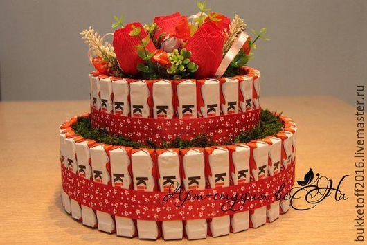 Букеты ручной работы. Ярмарка Мастеров - ручная работа. Купить Букет из конфет. Торт из Киндер шоколада.. Handmade. Комбинированный