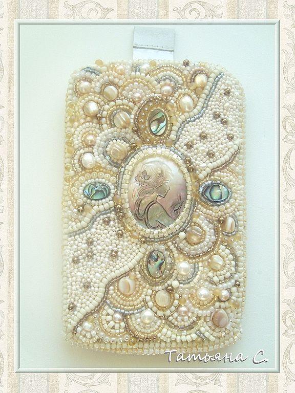 Чехлы для телефона расшитые бисером
