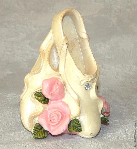 Винтажные предметы интерьера. Ярмарка Мастеров - ручная работа. Купить Винтажная коллекционная туфелька. Handmade. Туфелька, обувь