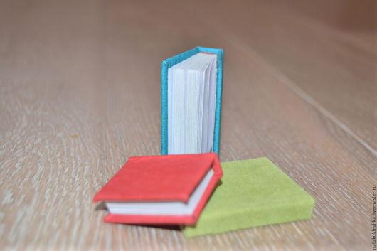 Миниатюра ручной работы. Ярмарка Мастеров - ручная работа. Купить Миниатюра ручной работы, мини-книжки для кукол. Handmade.
