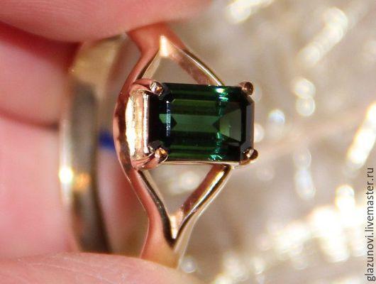 Кольца ручной работы. Ярмарка Мастеров - ручная работа. Купить Золотое кольцо (585) с турмалином. Handmade. Зеленый, турмалин в золоте