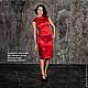 Атласное стрейч платье с оригинальной спинкой,украшенное по центру кружевом в цвет платья. Если Вы уверенная в себе девушка,то это платье для Вас! Очень запоминающийся образ.Изготовлю от 42-52 размера