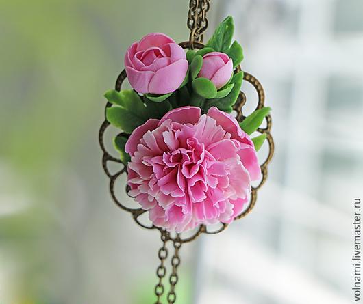 """Кулоны, подвески ручной работы. Ярмарка Мастеров - ручная работа. Купить """"Нежный пион"""" кулон. Handmade. Розовый, кулон, подарок"""