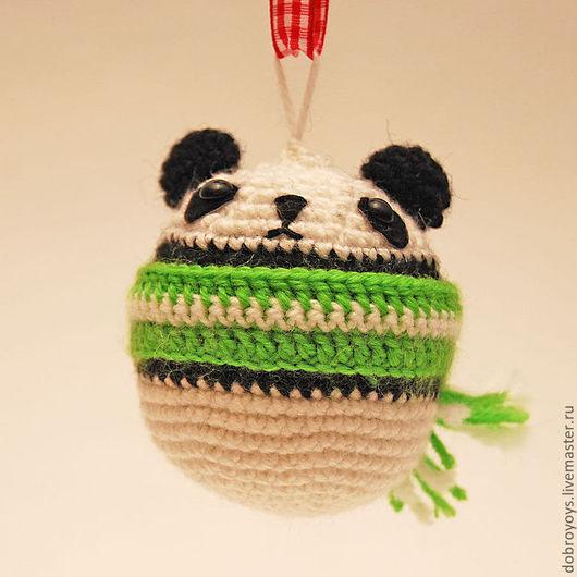 Игрушки животные, ручной работы. Ярмарка Мастеров - ручная работа. Купить Панда подвеска. Handmade. Чёрно-белый, амигуруми