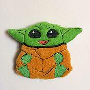 """Мини фигурки и статуэтки ручной работы. Ярмарка Мастеров - ручная работа Магнит """"Baby Yoda"""". Handmade."""