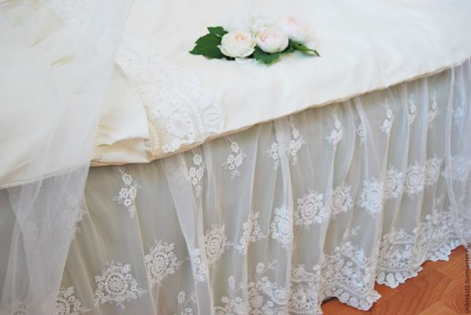 Текстиль, ковры ручной работы. Ярмарка Мастеров - ручная работа. Купить Подзор для кровати в силе шебби шик. Handmade. Белый