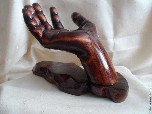 Статуэтки ручной работы. Ярмарка Мастеров - ручная работа. Купить Ладонь из дерева. Handmade. Коричневый, ладошка, дерево