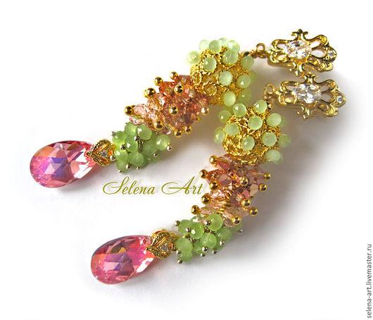 Серьги-грозди с кристаллами Сваровски `Дыхание мая`