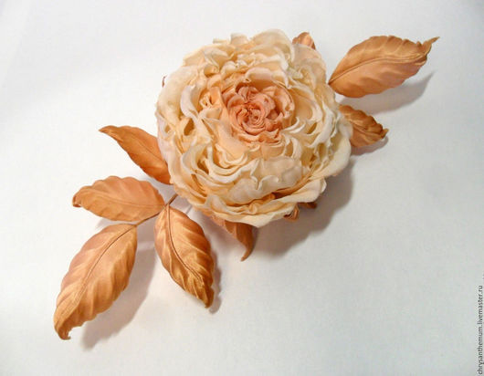 Броши ручной работы. Ярмарка Мастеров - ручная работа. Купить Брошь цветок из натурального шелка Кремовая роза. Handmade.