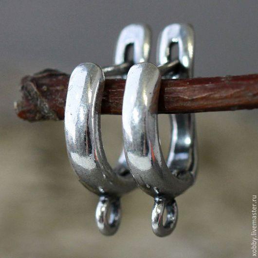 Маленькие и аккуратные швензы из латуни с платиновым  покрытием, застежка английский замок для сборки сережек Есть петелька для крепления подвески. Петелька разъмная.