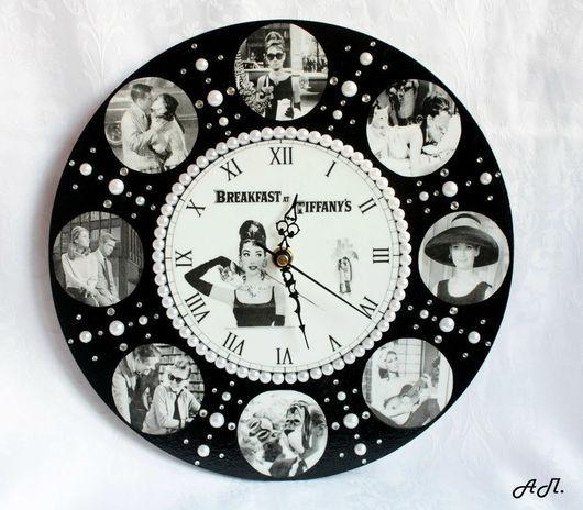 Часы `Завтрак у Тиффани` (`Breakfast at Tiffany`s`), вариант №2.