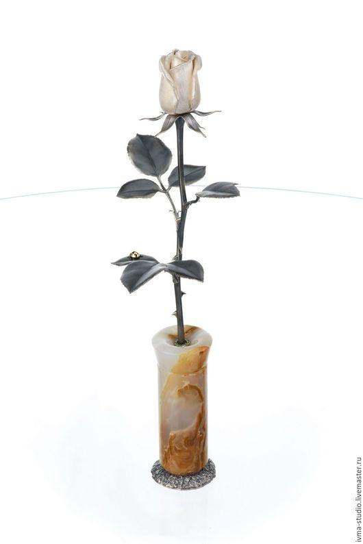 """Статуэтки ручной работы. Ярмарка Мастеров - ручная работа. Купить Украшение интерьера """"Роза в вазе"""". Handmade. Серебряный, роза"""
