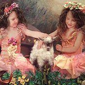 Картины и панно ручной работы. Ярмарка Мастеров - ручная работа Девочки с козочкой около прудика. Handmade.