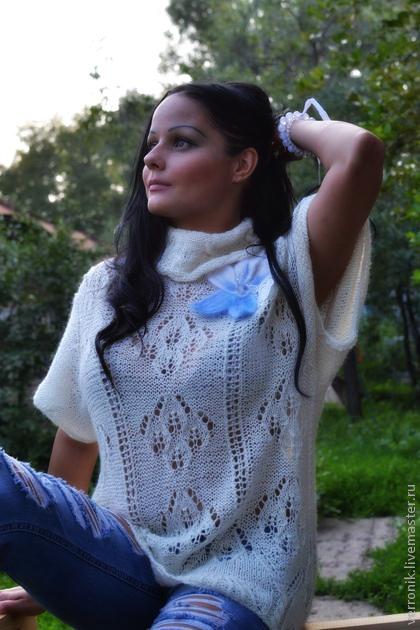 Одежда.Туника.  Туника вязаная `Эти белые цветы...`. Кофты и свитера ручной работы. Купить тунику вязаную `Эти белые цветы...` . Белый. Handmade. Магазин мастера Доминика.