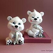 Куклы и игрушки ручной работы. Ярмарка Мастеров - ручная работа белые медведики. Handmade.