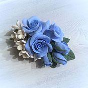 Украшения ручной работы. Ярмарка Мастеров - ручная работа Брошь Голубые розы из полимерной глины. Handmade.