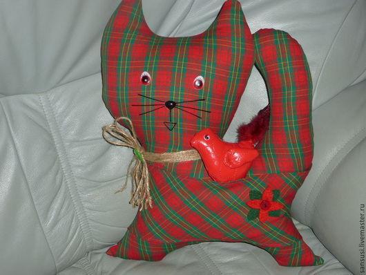 Игрушки животные, ручной работы. Ярмарка Мастеров - ручная работа. Купить Котик с птичкой текстильный. Handmade. Кот, птичка