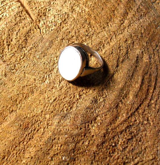 Кольца ручной работы. Ярмарка Мастеров - ручная работа. Купить Кольцо с перламутром. Handmade. Белый, кольцо на заказ