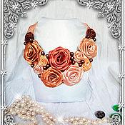 Украшения ручной работы. Ярмарка Мастеров - ручная работа Колье из роз. Handmade.