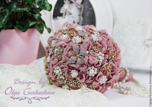 """Свадебные цветы ручной работы. Ярмарка Мастеров - ручная работа. Купить Брошь - букет (brooch) для невесты """"Шебби Шик  Butterfly"""". Handmade."""