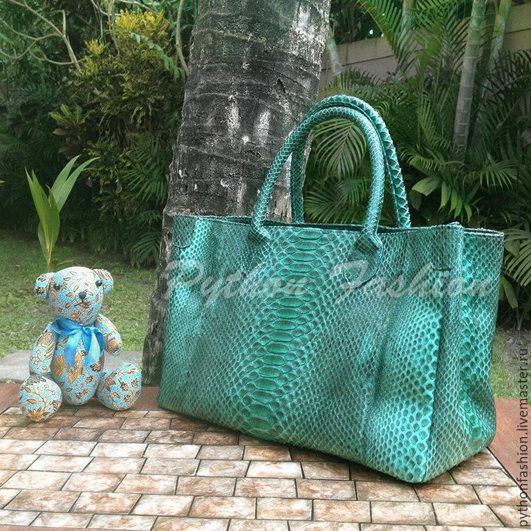 Сумка из кожи питона. Дизайнерская сумка из кожи питона. Красивая сумка из питона в офис. Женская сумка из кожи питона. Модная сумка из питона на молнии. Питоновая сумка на заказ. Кожа рептилии. Змея.