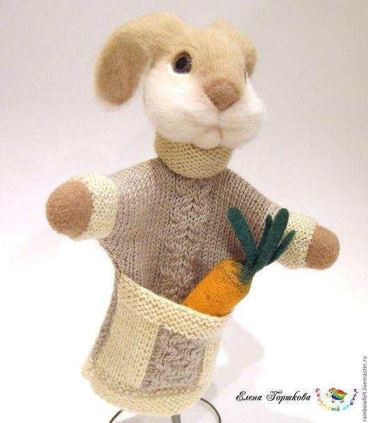 валяная игрушка-бибабо Заяц купить на Ярмарке Мастеров, сухое валяние, подарок для детей, кукольный театр
