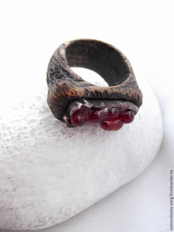 """Кольца ручной работы. Ярмарка Мастеров - ручная работа. Купить Кольцо """"Моё красное"""". Handmade. Резьба, оригинальное украшение, дерево"""
