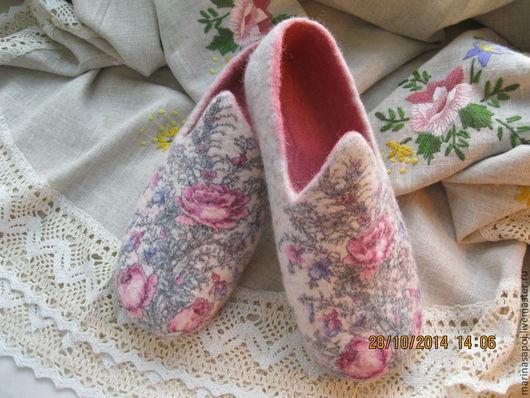 Обувь ручной работы. Ярмарка Мастеров - ручная работа. Купить Тапочки Нежность. Handmade. Тапочки ручной работы, тапочки женские
