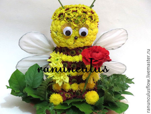Букеты ручной работы. Ярмарка Мастеров - ручная работа. Купить Пчелка из цветов. Handmade. Комбинированный, пчелка из цветов, пчела