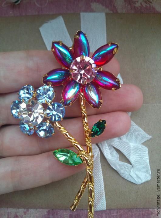 Винтажные украшения. Ярмарка Мастеров - ручная работа. Купить Брошь с кристаллами Цветы. Handmade. Разноцветный, крупная брошь винтаж