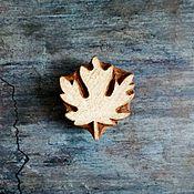 Материалы для творчества ручной работы. Ярмарка Мастеров - ручная работа Штамп деревянный - кленовый лист. Handmade.