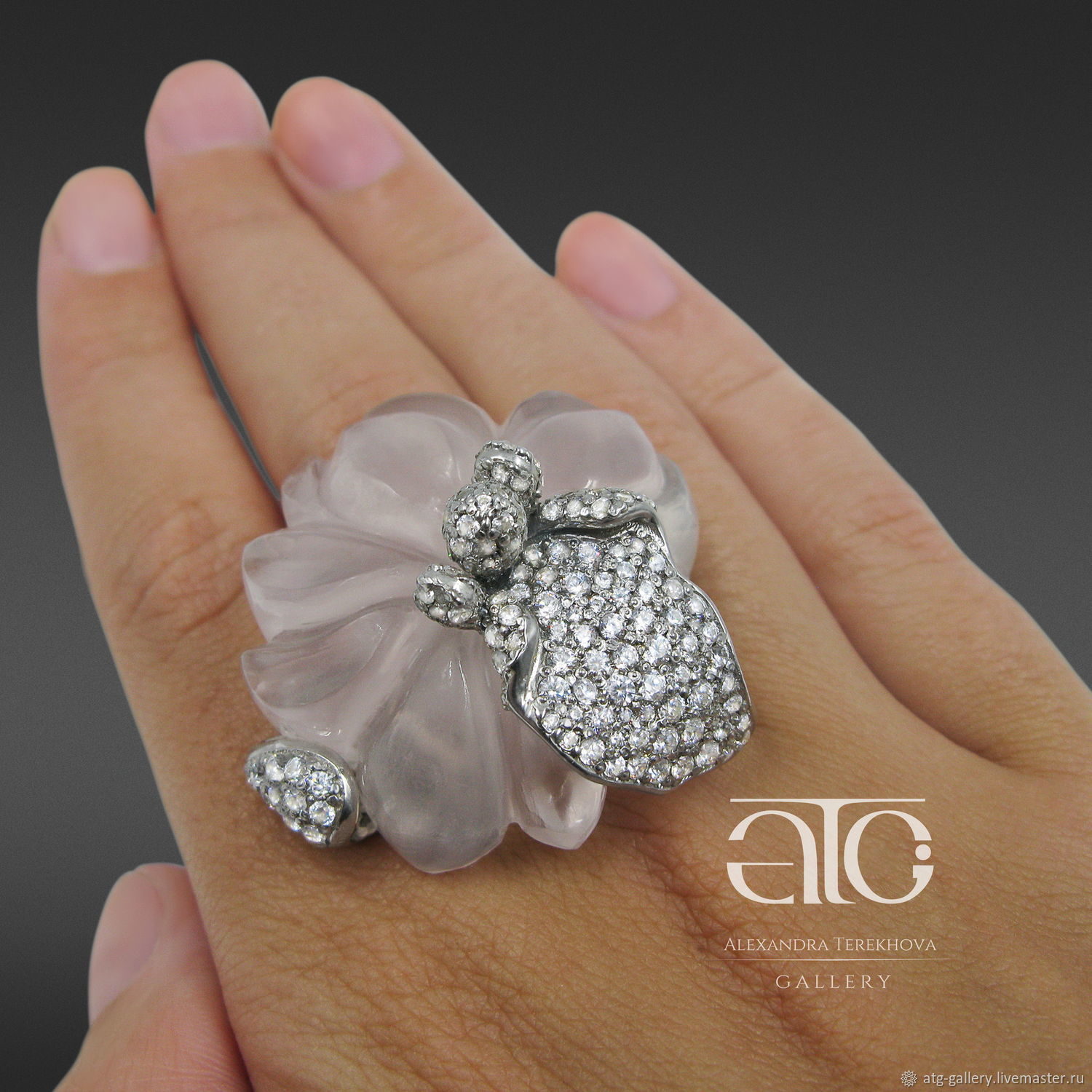 Exclusive! Unique ring with carved pink quartz. The ring of incredible beauty!