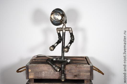 Освещение ручной работы. Ярмарка Мастеров - ручная работа. Купить Светильник из стальных труб Troubadour Lamp. Handmade. Серебряный, ночник