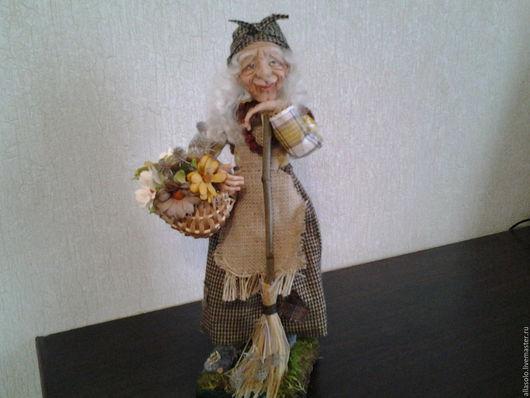 """Коллекционные куклы ручной работы. Ярмарка Мастеров - ручная работа. Купить Баба Яга ,,Цветочница""""(нашла дом). Handmade. Коричневый"""