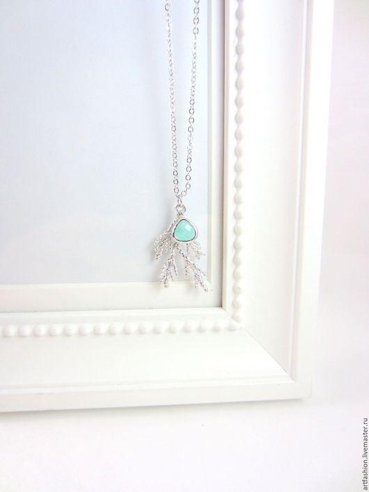 Кулон серебряный от Марии Гербст Мятный атолл. Кулон из серебра на цепочке Мятный атолл. Серебряный кулон Мятный атолл с мятным кварцем. Кулон серебро, кварц