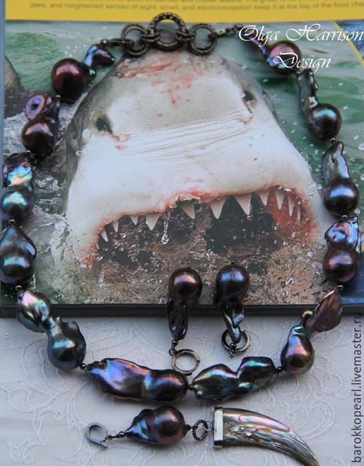 """Комплекты украшений ручной работы. Ярмарка Мастеров - ручная работа. Купить """"Зубы акулы""""Колье, серьги, кулон.. Handmade. Тёмно-синий"""