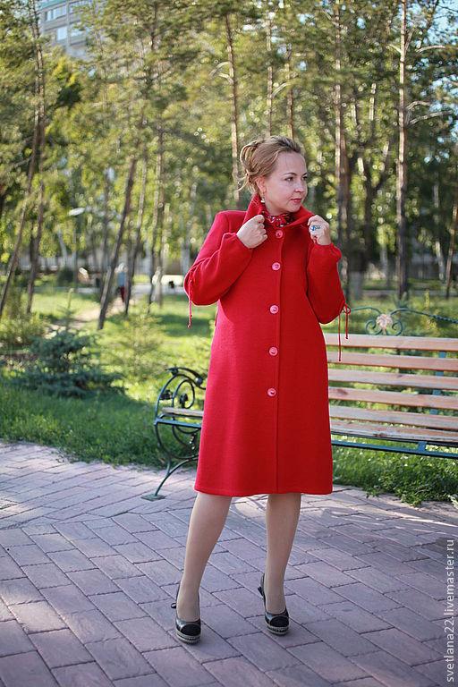 """Верхняя одежда ручной работы. Ярмарка Мастеров - ручная работа. Купить Вязаное пальто """"Узелки однотонное"""". Handmade. Ярко-красный"""