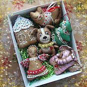Подарки к праздникам ручной работы. Ярмарка Мастеров - ручная работа Ёлочные текстильные игрушки. Handmade.